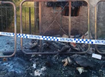 Detenidos dos jovenes de Sant Pol como presuntos autores de la quema de 14 contenedores