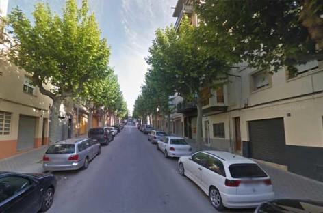 Una pelea en plena calle en Mataró acaba con un herido