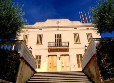 El juzgado ordena al Ayuntamiento de Teià a volver a colocar la bandera española