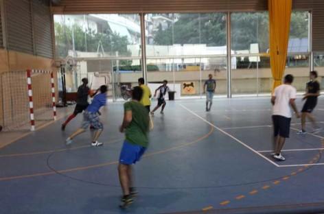 Una pelea multitudinaria obliga a suspender el Torneo de Futbol Sala de Caldes d'Estrac