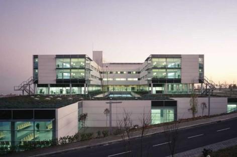 Salut se compromete a invertir 15 millones de euros para poner al día el Hospital de Mataró