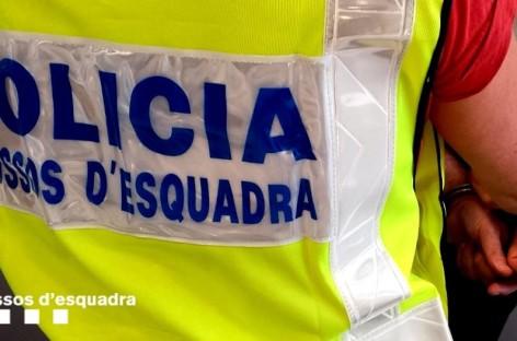 Detenido un hombre que asaltó a punta de pistola un salón recreativo de Mataró
