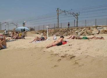 Alerta por un vertido de aguas residuales en la playa de Vilassar de Mar