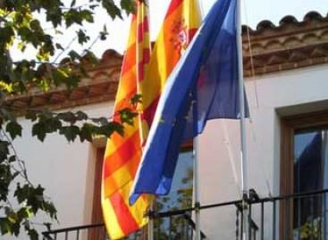 Roban por segunda vez la bandera española del balcón del Ayuntamiento de Arenys de Munt