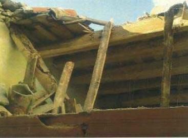 La carcoma fue la responsable de la caida del techo de una casa en Arenys de Mar