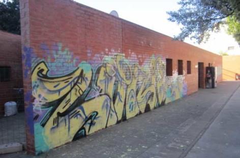 La policía de Malgrat ha denunciado a 29 jóvenes por hacer pintadas en lo que va de año