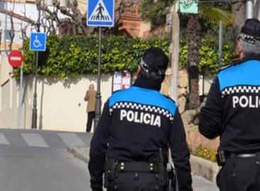 Sant Vicenç recuerda a los propietarios de perros que puede sancionarlos con 2.000 euros si no recogen las defecaciones