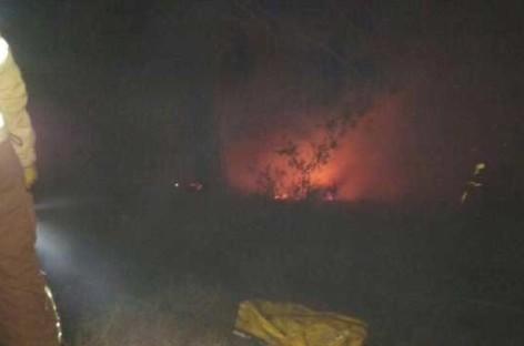 Un incendio nocturno quema 600 metros de sotobosque en Vilassar de Dalt
