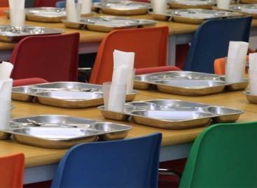 Un tribunal suspende el acuerdo que afecta a 190 comedores escolares del Maresme y el Vallès Oriental