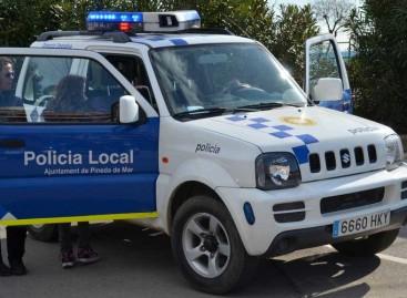Un ladrón que acababa de robar en dos casas pide ayuda a la policía de Pineda tras quedar atrapado en un patio