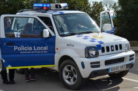 Detenido un individuo por el robo en el interior de vehículos en Pineda y Calella