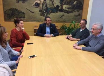 La SPAM mantiene las protestas por el cierre de la perrera de Mataró pese a iniciar conversaciones con el Ayuntamiento