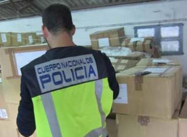 Desmantelado en Cabrera de Mar un almacén con miles de productos procedentes del robo de camiones