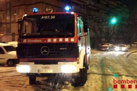 Los bomberos realizan 33 salidas a causa de la fuerte tormenta de granizo que afectó el Maresme