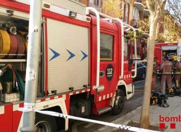 Un hombre de 50 años fallece en un incendio en un piso de Mataró