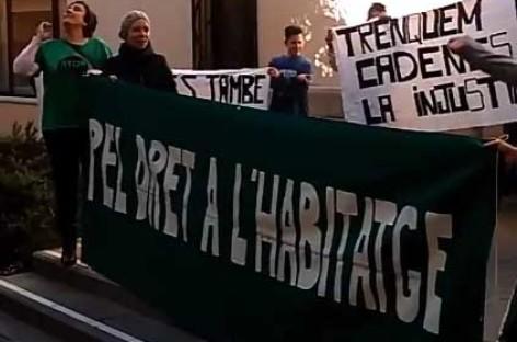 La PAH denuncia que en Malgrat hay 53 personas ocupando pisos y sin acceso al agua