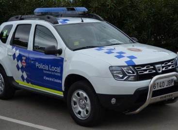 Detenidos tres menores robando en un supermercado de Palafolls
