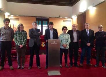 Todos los partidos hacen piña en Mataró para pedir mejoras educativas a Ensenyament