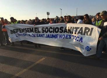 350 personas se manifestaron en Mataró en defensa de la sanidad pública