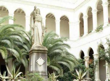 Destrozada completamente una estatua de Cristo Rey en Calella