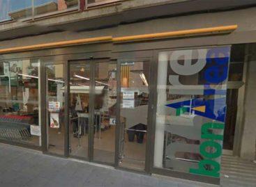 La policía de Malgrat persigue por el centro a dos atracadores de un comercio