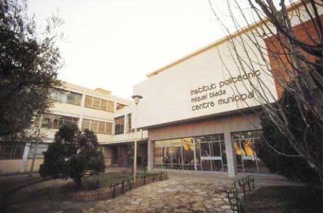 Detenidos dos jóvenes por violar a una alumna discapacitada del IES Miquel Biada de Mataró