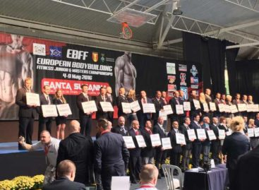 1.300 culturistas de toda Europa participan en Santa Susanna en el Campeonato Europeo de Fitness