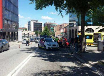 Una ciclista de Cabrils herida grave al chocar contra un coche en Granollers