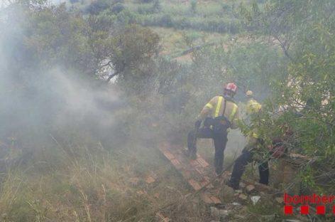 Un incendio forestal en Mataró afecta a tres hectáreas de vegetación junto a la C-32