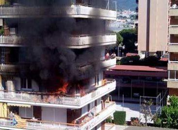 Siete personas intoxicadas en un incendio en un piso de Vilassar de Mar