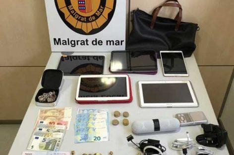 La policía de Malgrat detiene a dos hombres tras robar en una vivienda de Santa Susanna