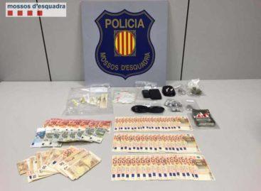 Detenido un traficante de heroína en el barrio de Cerdanyola de Mataró