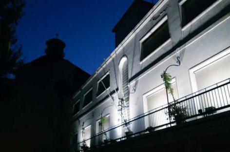 El Ayuntamiento de Premià de Mar lleva un mes incumpliendo la sentencia que le obliga a colocar la bandera española