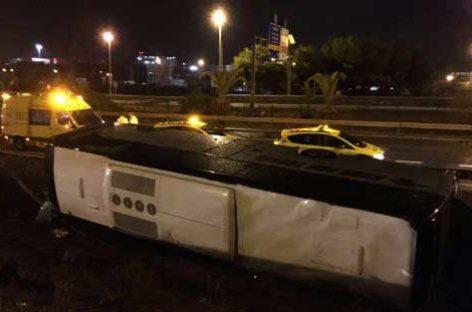 Un autocar con turistas de Calella y Lloret se accidenta en Barcelona dejando 24 heridos