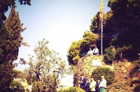 El Ayuntamiento de Caldes d'Estrac rechaza que la senyera del acto institucional de la Diada fuera sustituida por una estelada