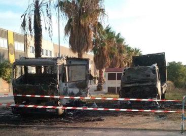 Misterioso incendio de dos camiones en Vilassar de Mar