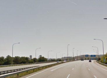 Un joven de 22 años que iba de paquete en una moto fallece en un accidente en Montgat