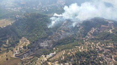 Los Mossos detienen a un hombre por su relación con el incendio que hoy ha calcinado 13 hectáreas en Teià