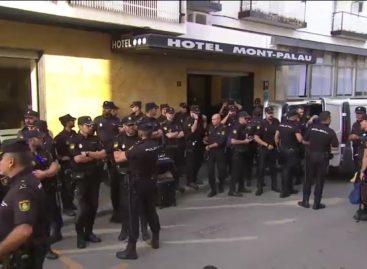 """Cuatro concejales y el jefe de policía de Pineda de Mar investigados por """"expulsar"""" a la Policia Nacional de los hoteles de la población"""
