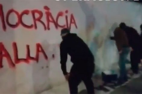 Els Segadors del Maresme pide al alcalde de Mataró que las brigadas municipales limpien la ciudad de símbolos independentistas