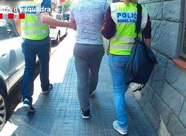 Detenidos tres hombres por vender coches utilizados en robos, entre ellos a un estanco de Premià de Mar