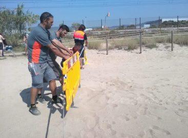 Prohiben el acceso a una playa de Vilassar de Mar por la presencia de algas tóxicas