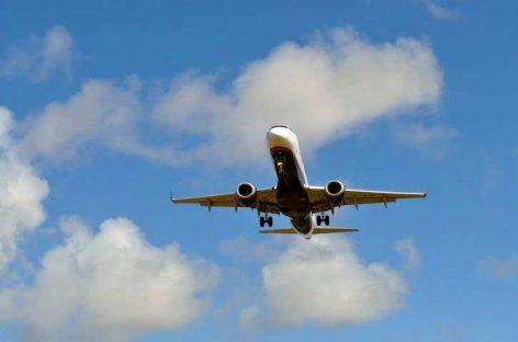 Vecinos de Argentona y Òrrius se quejan del ruido de los aviones con destino a El Prat